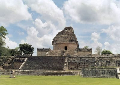 chichan-itza-ruins