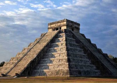 chichen-itza-cloudy