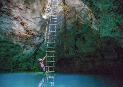 coba-cenote-ladder