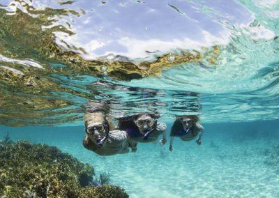 snorkel-girls-puerto-morelos